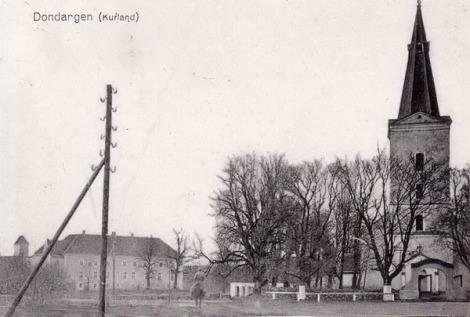 Dundagas baznīca un pils. 1910.-1917.